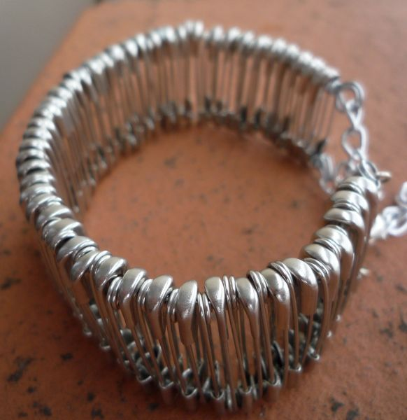 braceletpingle3.jpg